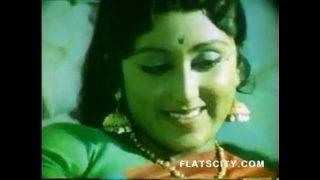 kunwari dulhan ki suhagrat sexy movies